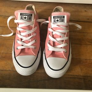 Classic pink converse